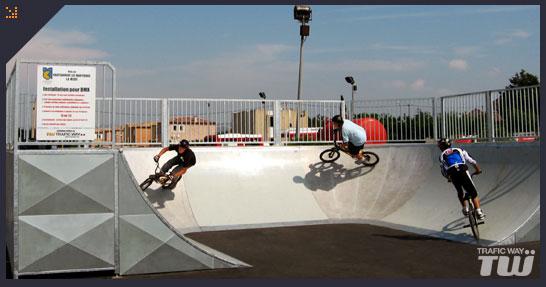 Skate park mouans sartoux france trafic way - Garage chateauneuf les martigues ...